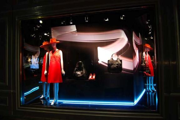 服装专卖陈列设计不得-姚志国的设计师家园:服