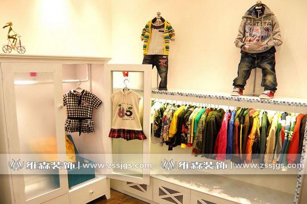 服裝店裝修;服裝店裝修設計;服裝店裝修圖片